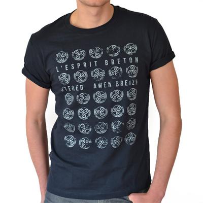 t-shirt triskels