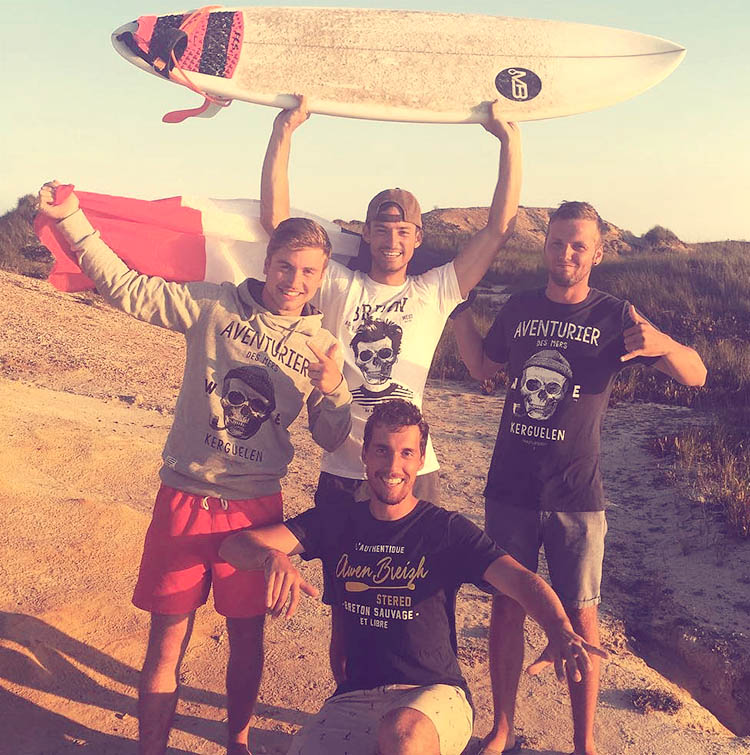 Surfers bretons